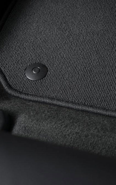 Best Floor Mats For The BMW 325i